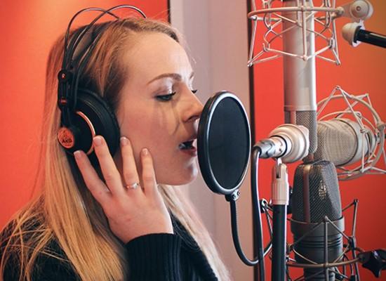 Сессия звукозаписи – вокал